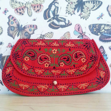 Vintage Clutch Purse, Shabby Chic, Vintage Clutch, Boho Chic, Red bag,  Vintage Bag, Bohemian, Hippie Look, Gypsy, Boho Style, Hipster
