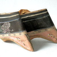 19th Century Chinese Golden Lotus Shoes Asian Feet Binding