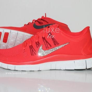 NIKE run free 5.0 shoes w/Swarovski Crystals detail - Light Crimson/Gym Red/Summit Whi