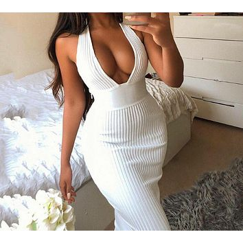Halter-necked V-neck halter fashion tight-fitting openwork dress White