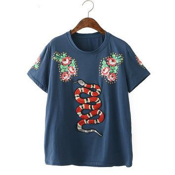 ca qiyif flower embroidery snake T Shirt