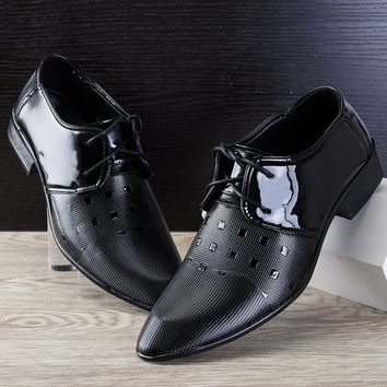 New British Men's Leather Shoes Fashion Man Pointed Toe Formal Wedding Shoes Male Flats Dress Shoes Size 38-47
