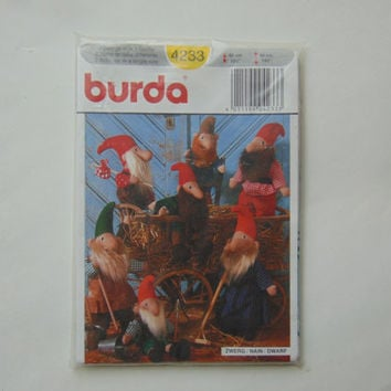 Burda Sewing Craft Pattern 4233 Gnomes Dwarfs Stuffed Dolls