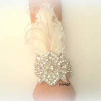 1920s Great Gatsby white feather corsage, 20s  wedding,  flapper wrist corsage, white feather corsage, prom accessory, prom corsage,