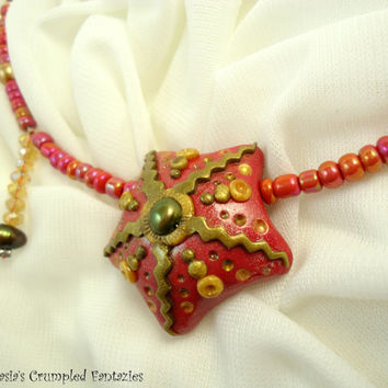 Red gold starfish necklace, polymer clay underwater creature pendant, Natural freshwater pearl glass beads jewelry