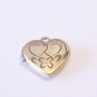 Vintage Miniature Heart Locket Pendant Feminine Romantic Jewelry Fashion Accessories For Her