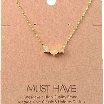 Must Have-Triple Heart Necklace, Gold