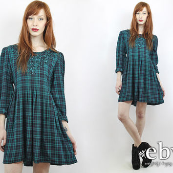Vintage 90s Green Plaid Babydoll Dress M L 90s Grunge Dress Green Plaid Dress Plaid Mini Dress 90s Dress Embroidered Dress