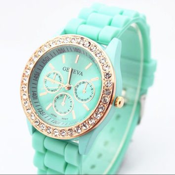 Trendy Fashion Watch = 4546960708