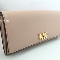 MICHAEL KORS Mott Large Leather Wallet Ballet Pink New With Tag $148