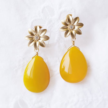 Nigella Earrings - quartz, vermeil & cubic zirconia