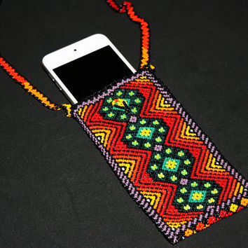 "Cell Phone Case, MP3 Case, Glasses Case, Native American Beadwork, Huichol Jewelry, Huichol Necklace, Huichol Peyote Design, 5.5"" x 3"""