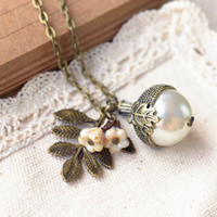 Leaf Necklace, Flower Necklace,Pearl Necklace,Acorn Necklace, Rrtro bronze necklace,bride necklace,wedding jewelry