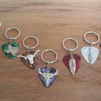 Southwest Key Chain, 16 Colors Choice, Arrowhead, Feather, Cow Skull, Longhorn, Texas, Tomahawk, Lizard Guitar Pick Keychain