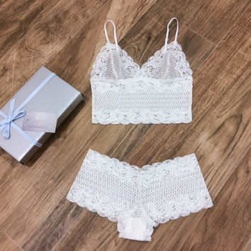Lace Bridal Lingerie Set/ Honeymoon Lingerie/ Long Line Bralette and Panties