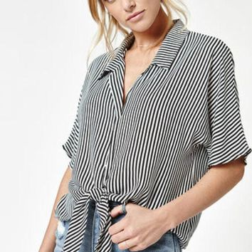 DCCKYB5 LA Hearts Tie Front Button Down Top