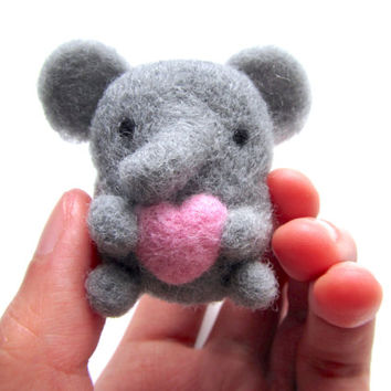 Elephant Brooch, Needle Felted Elephant Brooch, Felt Elephant Brooch, Elephant Pin, Elephant Gifts, Elephant Jewelry, Animal Brooch, OOAK