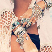 With Gift Box Great Deal Stylish Shiny Hot Sale Awesome Gift New Arrival Vintage Hollow Out Silver Tassels Bracelet [9659225034]