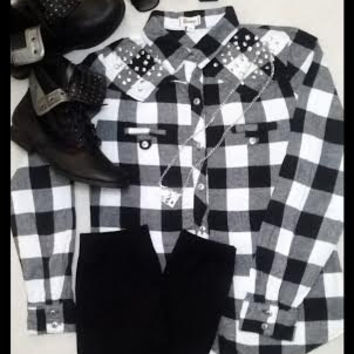 Studded Vintage Grunge Flannel Outfit- 6 Piece Outfit- Vintage Glasses- Studded Boots- Glam Rocker Ring