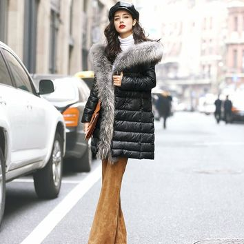 100% Real Large Raccoon Fur Collar Luxury Winter Jacket Women 2016 Hot Sale European Brand Women Down Jackets And Coats GQ1676