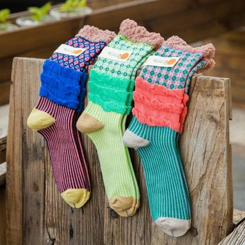 Cotton 2017 new fashion women socks candy color spring winter sock striped lace