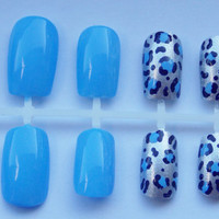 Periwinkle and Silver Cheetah or Leopard Fake Nails - False, Artificial, Acrylic, Press-On