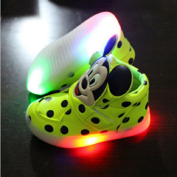 Mickey mouse children shoes with light autumn boys girls LED light shoes chaussure kids running shoes breathable boys sneakers