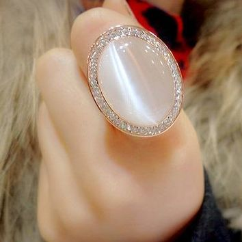 Vintage Bohemian Big Cat's Eye Stone in Rose Gold Color Oval Crystal Ring