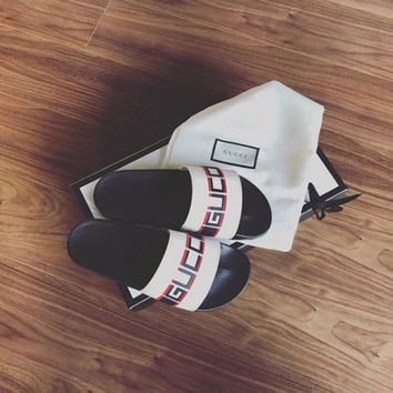 GUCCI men and women Cloth slippers Shoes