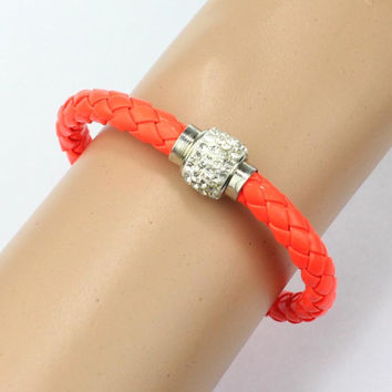 Creative HOTest 1 PC Wristband Magnetic Rhinestone Buckle Leather Wrap Bracelet Bangle Gift Luxury Casual Bracelet Bangle