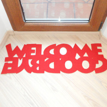 Doormat with double message: Welcome / Goodbye. Home decor