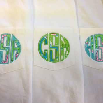 Appliqué pocket tee using Lilly Pulitzer fabric