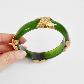 Green Bangle Bracelet Vintage Celluloid Lucite Gold X Design , Marbled Faux Jade Unique Vintage Fashion Jewelry