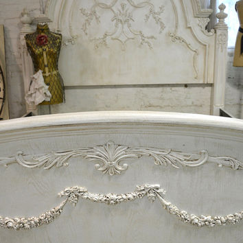 Painted Cottage Chic Shabby Tea-Stain King Romance Bed