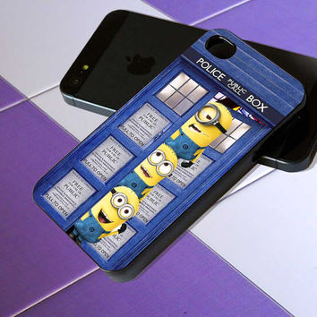 Minion in Tardis Dr Who Door - iPhone 4 / iPhone 4S / iPhone 5 / Samsung S2 / Samsung S3 / Samsung S4 Case Cover
