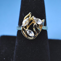 18KT GOLD ELECTROPLATED Vintage Three-Stone Clear Crystal Navette Swirling Leaves Ring, Size 7, Organic Beauty! #a627