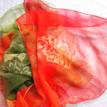 silk  scarf  color green - orange    100% silk Chiffon 3,5 Size: 45x180cm (71x18) Wrapped as a gift. hand painted