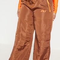 PRETTYLITTLETHING Plus Toffee Shell Wide Leg Pants