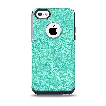 The Teal Leaf Laced Pattern Skin for the iPhone 5c OtterBox Commuter Case
