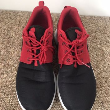 Nike Roshe Run UK Size 6 EU40 Red and Black - Great Condition