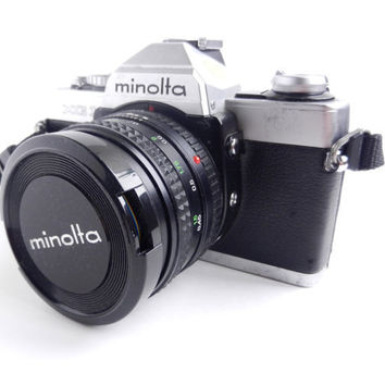 Vintage Minolta XG1 - 1970s Black SLR for Repair or Decor / 70s Photography