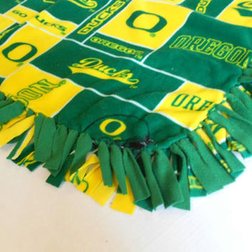 University of Oregon Fleece Throw
