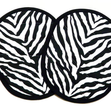 Pot Holders Quilted Black and White Zebra Print by moonlight55