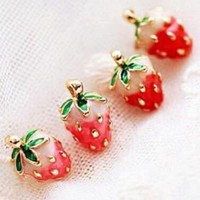DCCKFV3 2017 Rushed Brincos Brinco Japanese Girl Fashion Magazines Recommend Small Strawberry Caiyou Stud Earrings For Women Jewelry