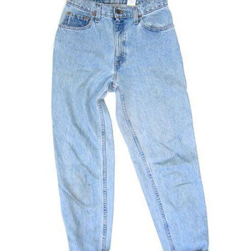 LEVIS 90s High Waist Light Wash Blue Jeans High Rise Denim Tapered Leg Boyfriend Mom Jeans Vintage Faded Hipster Grunge DES Womens Size 6