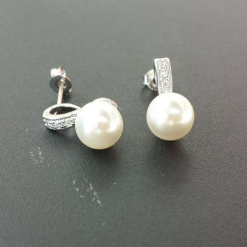 Silver Plated Pearl Cup Earrings. Swarovski Crystal Pearls. .925 Sterling Silver Post. Wedding Jewelry Handmade. Bridal.
