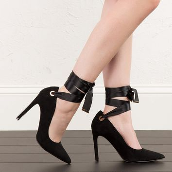 Strappy Pointed Toe Pumps in Pink and Black