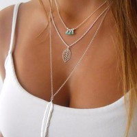 Fashion Women Multilayer Irregular Pendant Chain Silver Feather Necklace   171213