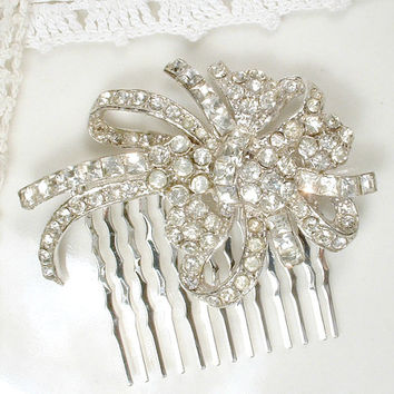 1940s Vintage Rhinestone Bridal Hair Comb or Sash Brooch, New Wave Silver Hollywood Glam Pin Wedding Accessory / OOAK Headpiece Art Deco