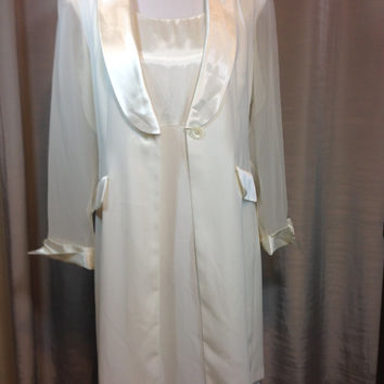 Vintage Creme Dress with Matching Long Jacket by Scarlett Ladies Size 10 Machine Washable Polyester Previously 35 Dollars ON SALE